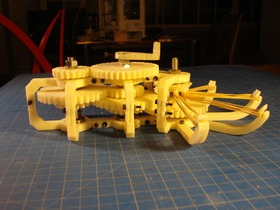 橡皮筋驱动的齿轮组